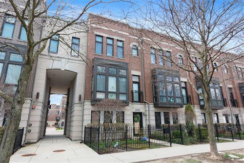 Photo of 2856 N PAULINA Street, Chicago, IL 60657 (MLS # 10642656)