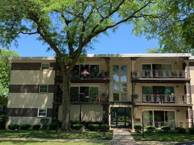 927 8th Avenue #1, La Grange, IL 60525 - #: 10747656