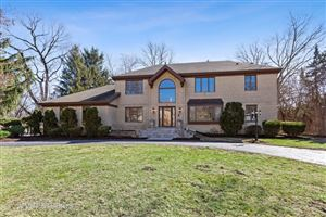 Photo of 9 Sheffield Lane, OAK BROOK, IL 60523 (MLS # 10407658)