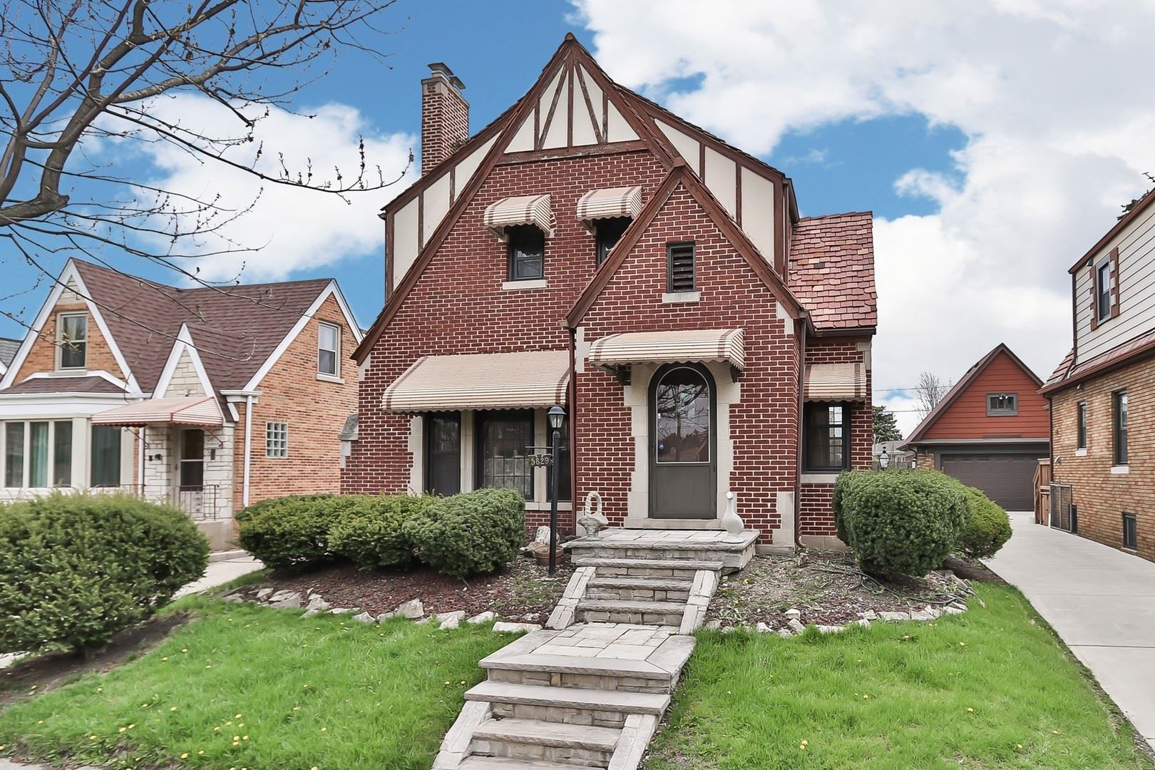 5829 N Odell Avenue, Chicago, IL 60631 - #: 10707658