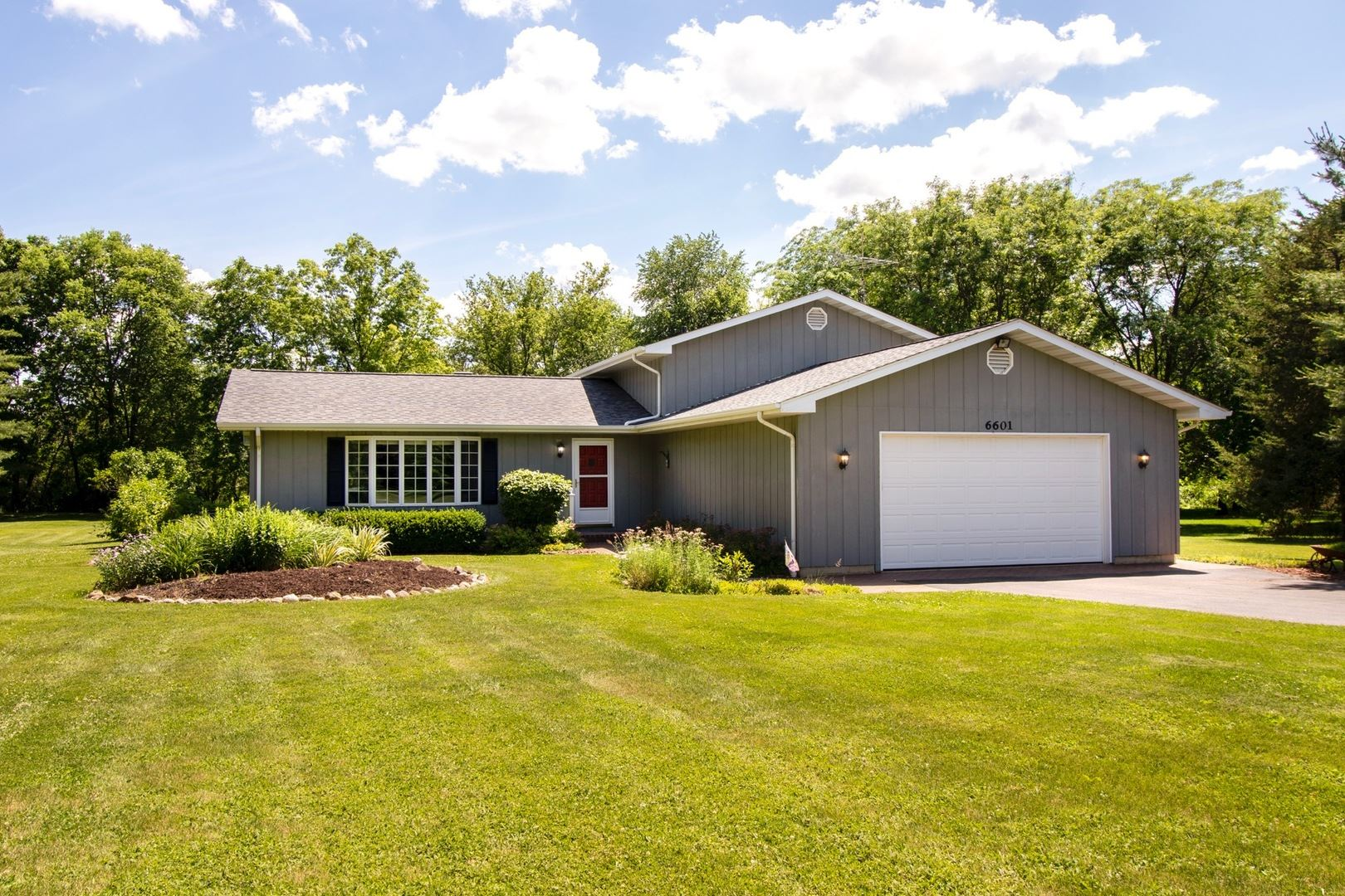 6601 Chickaloon Drive, McHenry, IL 60050 - #: 10761658