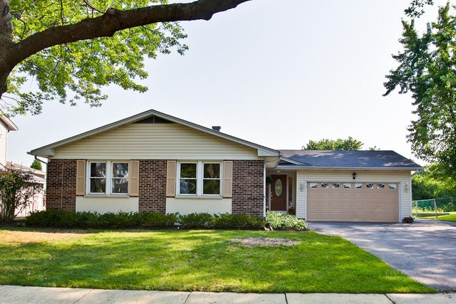 3920 Whispering Trails Drive, Hoffman Estates, IL 60192 - #: 10631660