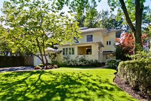 Photo of 411 East Illinois Road, Lake Forest, IL 60045 (MLS # 10548661)