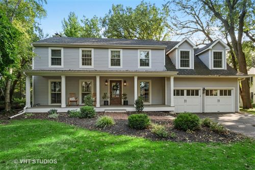 Photo of 455 Westwood Drive, Barrington, IL 60010 (MLS # 10903662)
