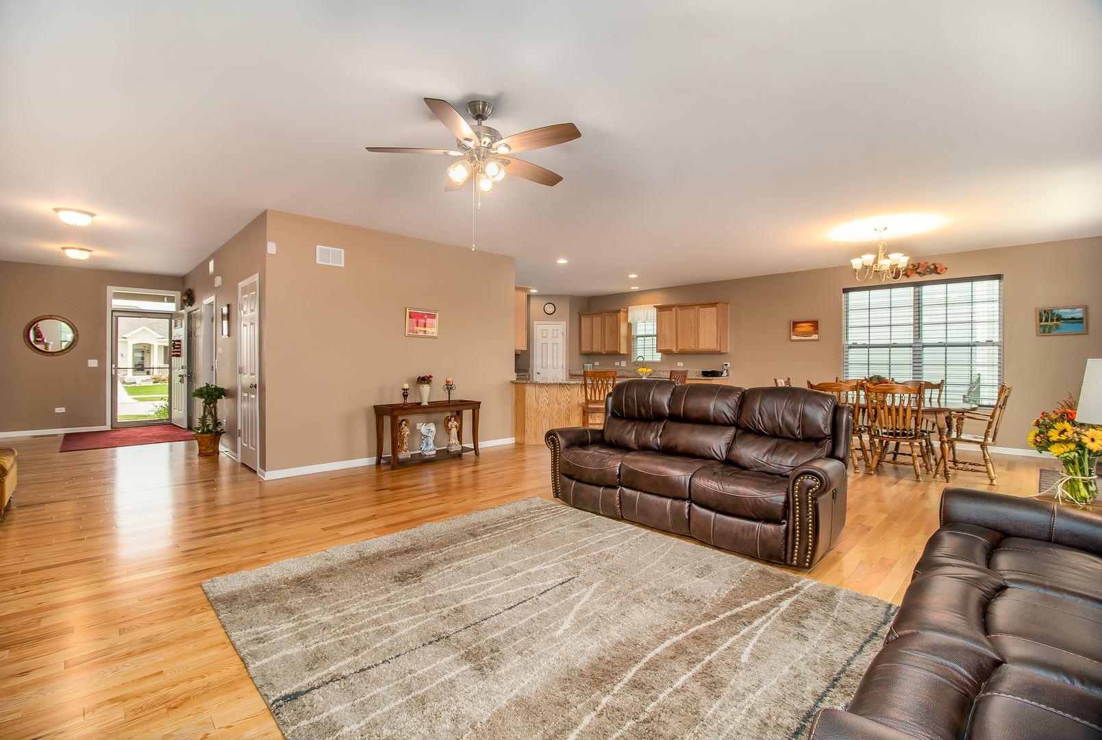 Photo of 1614 Metcalf Lane, Shorewood, IL 60404 (MLS # 10883663)