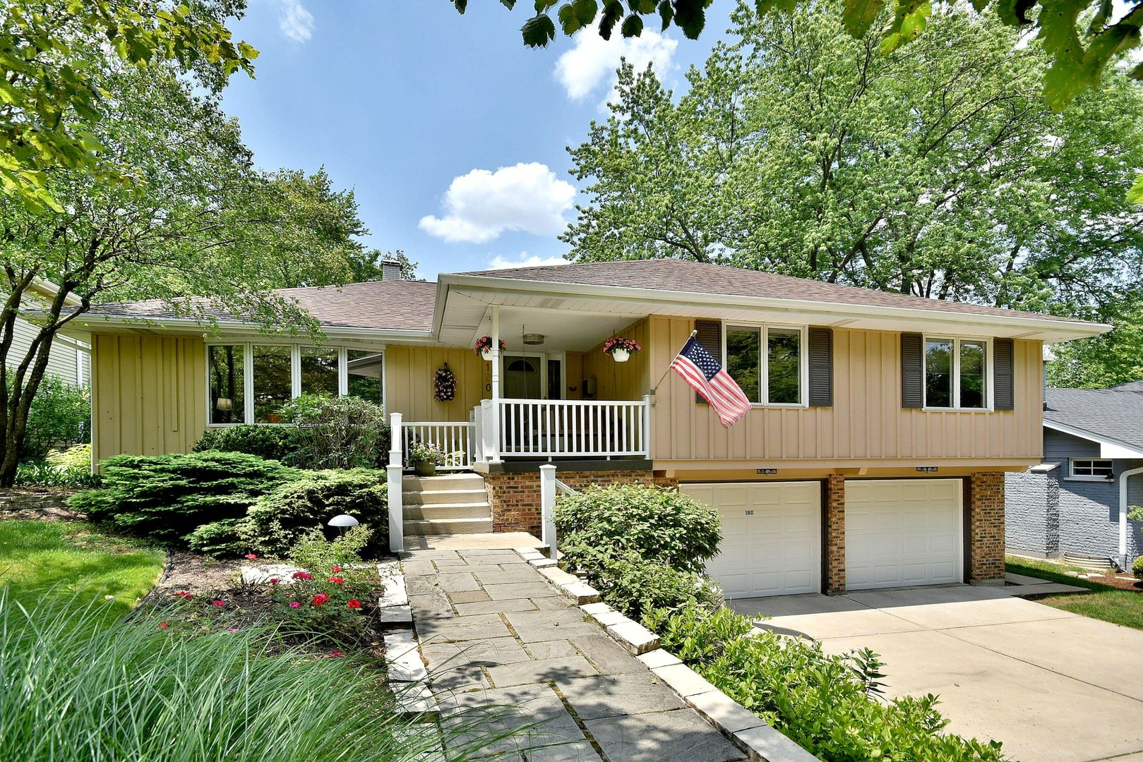 180 Grandview Avenue, Glen Ellyn, IL 60137 - #: 10753668