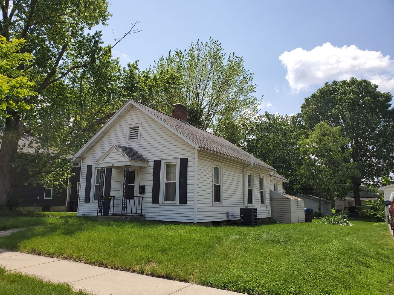 1011 E Washington Street, Bloomington, IL 61701 - #: 10738669
