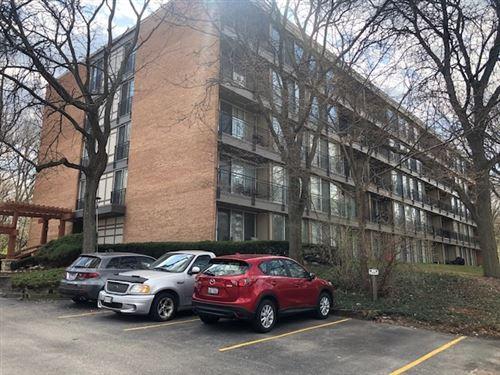Photo of 5810 Oakwood Drive #5K, Lisle, IL 60532 (MLS # 11047670)
