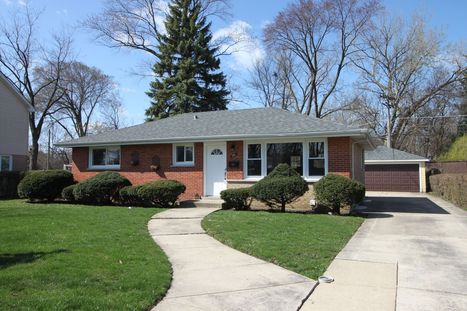 3N382 WILLOW Road, Elmhurst, IL 60126 - #: 10744670