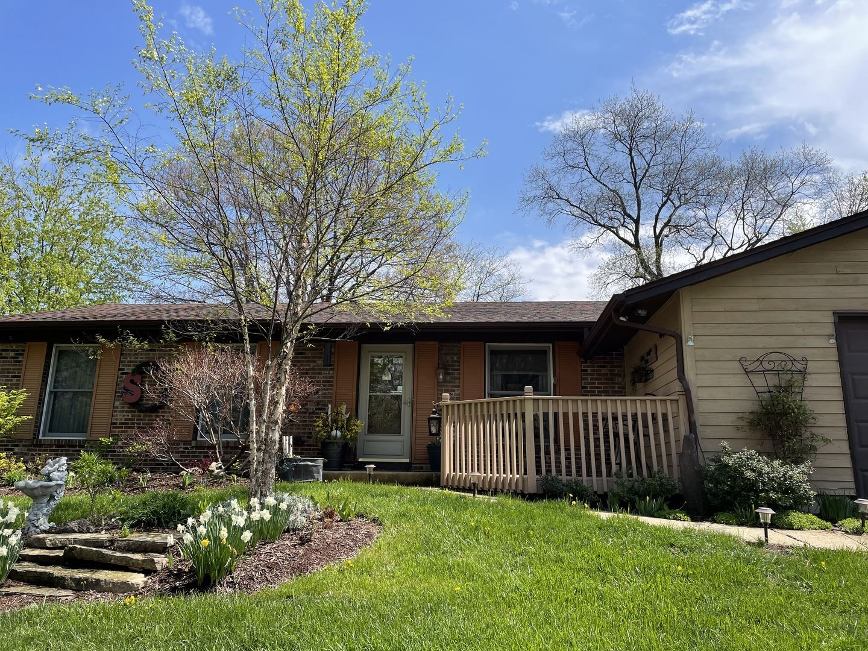 Photo of 642 N Pinecrest Road, Bolingbrook, IL 60440 (MLS # 11069670)