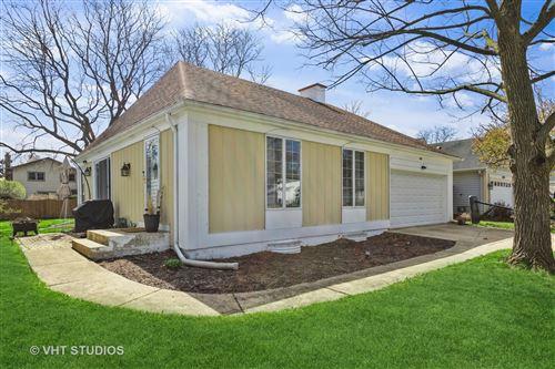 Photo of 6607 Fernwood Drive, Lisle, IL 60532 (MLS # 11051671)