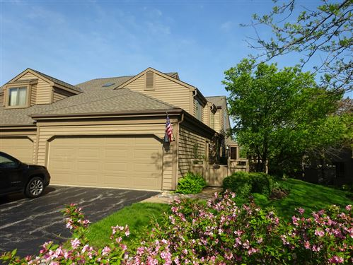 Photo of 822 Golf Lane, Lake Barrington, IL 60010 (MLS # 10723673)