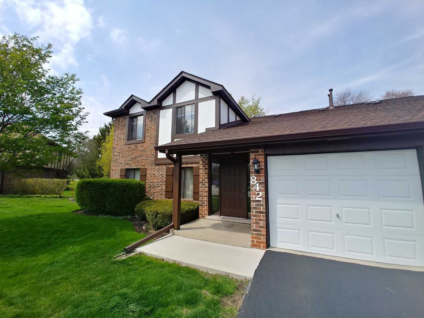 842 Cross Creek Court #B2, Roselle, IL 60172 - #: 10700673