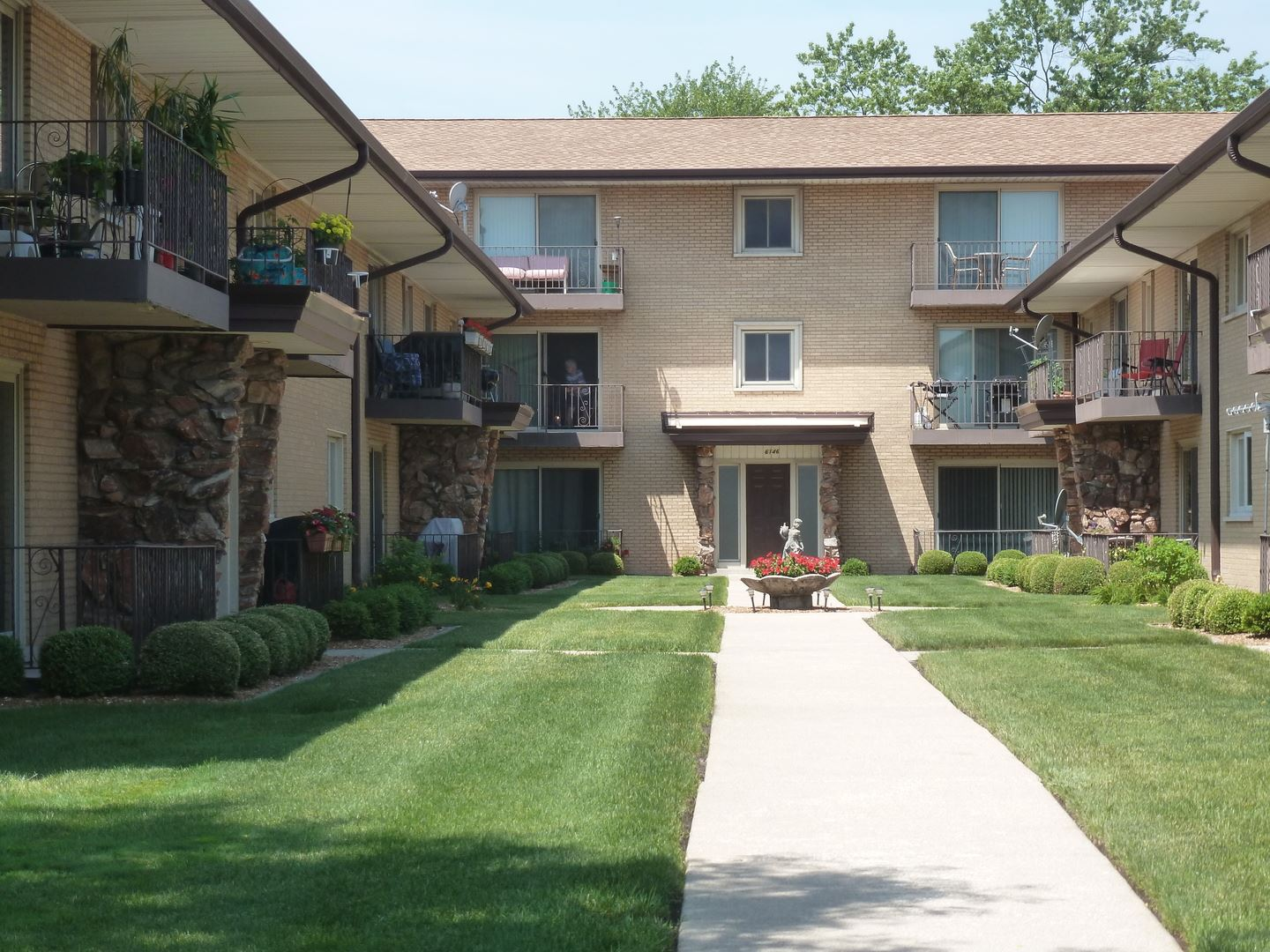 6148 S Kensington Avenue #204, Countryside, IL 60525 - #: 10786674