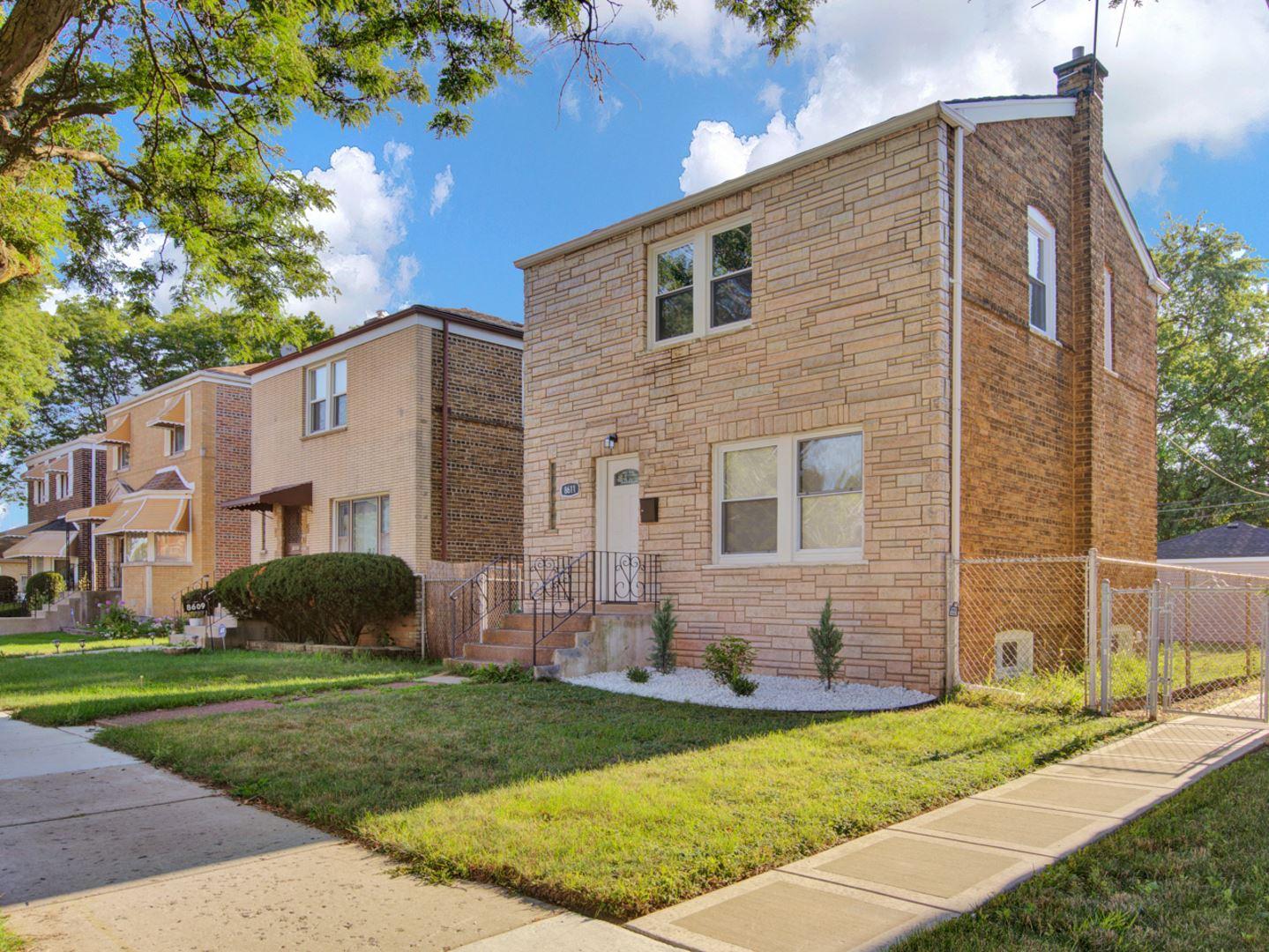 8611 S Jeffery Boulevard, Chicago, IL 60617 - #: 10810676