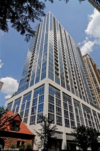 Photo of 2 W DELAWARE Place #2707, Chicago, IL 60610 (MLS # 10822677)