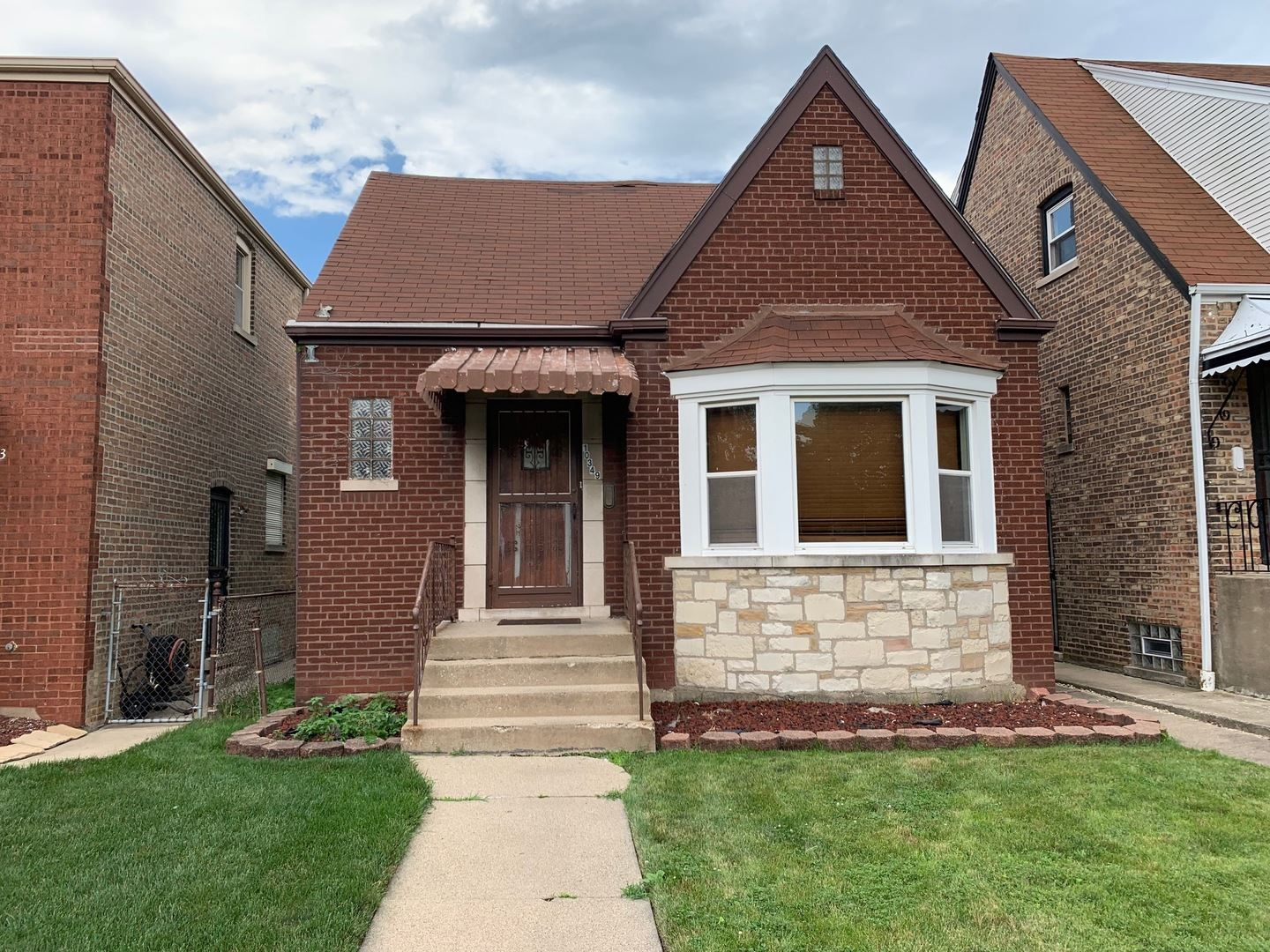 10349 S Rhodes Avenue, Chicago, IL 60628 - #: 10454677