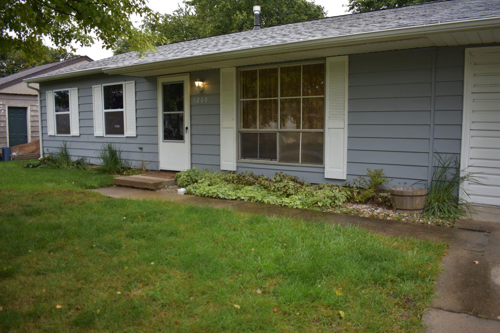 1205 N Nixon Drive, Pontiac, IL 61764 - #: 11247679