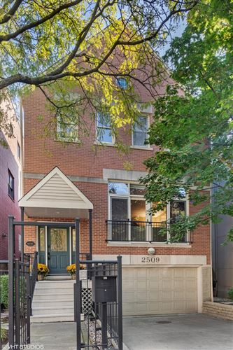 Photo of 2509 N Bosworth Avenue, Chicago, IL 60614 (MLS # 10964680)