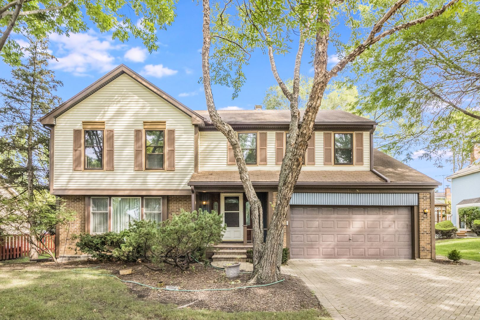 1608 W Plymouth Drive, Arlington Heights, IL 60004 - #: 11203680
