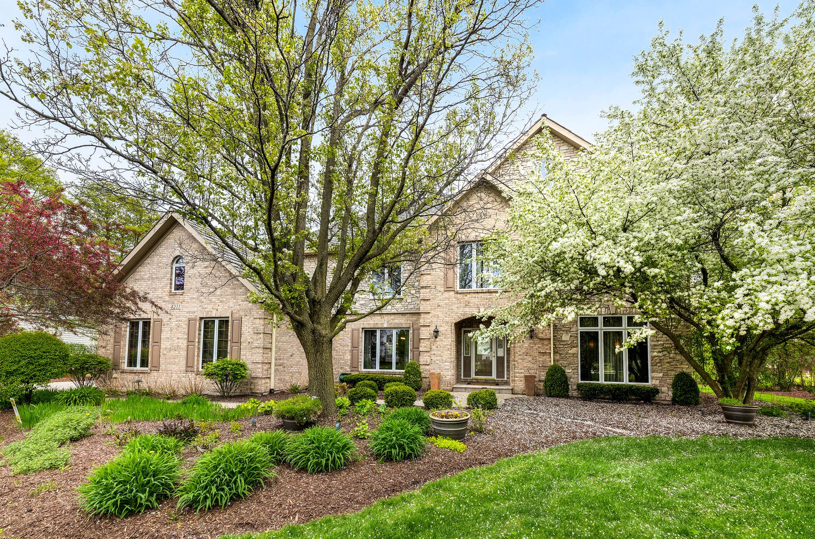 4211 Legend Court, Naperville, IL 60564 - #: 10716681