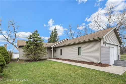Photo of 4610 W Shore Drive, McHenry, IL 60050 (MLS # 10681682)