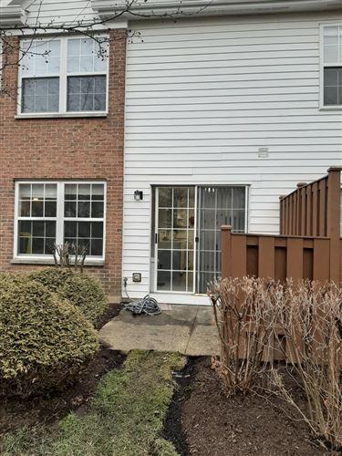 Tiny photo for 148 Crescent Lane, Schaumburg, IL 60193 (MLS # 10670686)