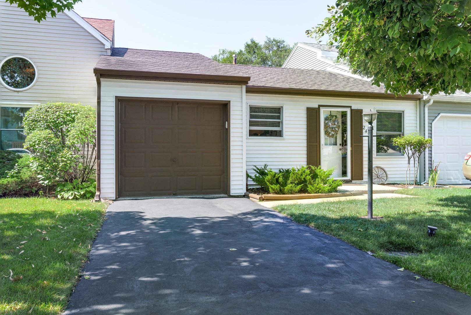2424 Bridgewater Drive, Woodstock, IL 60098 - #: 11178686
