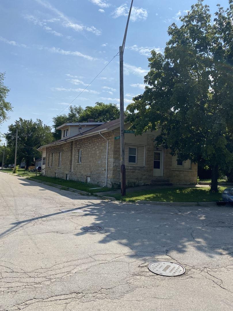 514 S Des Plaines Street, Joliet, IL 60436 - #: 11207687