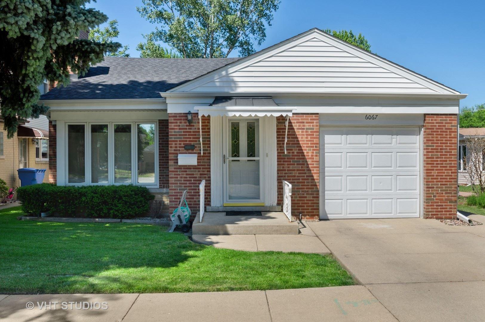 6067 N Caldwell Avenue, Chicago, IL 60646 - #: 10756688