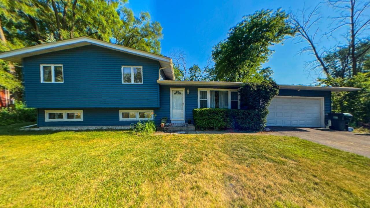 15583 W Idlewood Lane, Libertyville, IL 60048 - #: 11209689