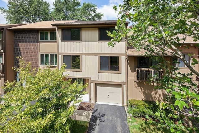 614 E Woodfield Trail, Roselle, IL 60172 - #: 10491690