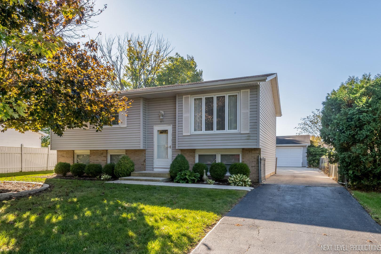 Photo of 871 Harris Drive, Bolingbrook, IL 60440 (MLS # 10904692)