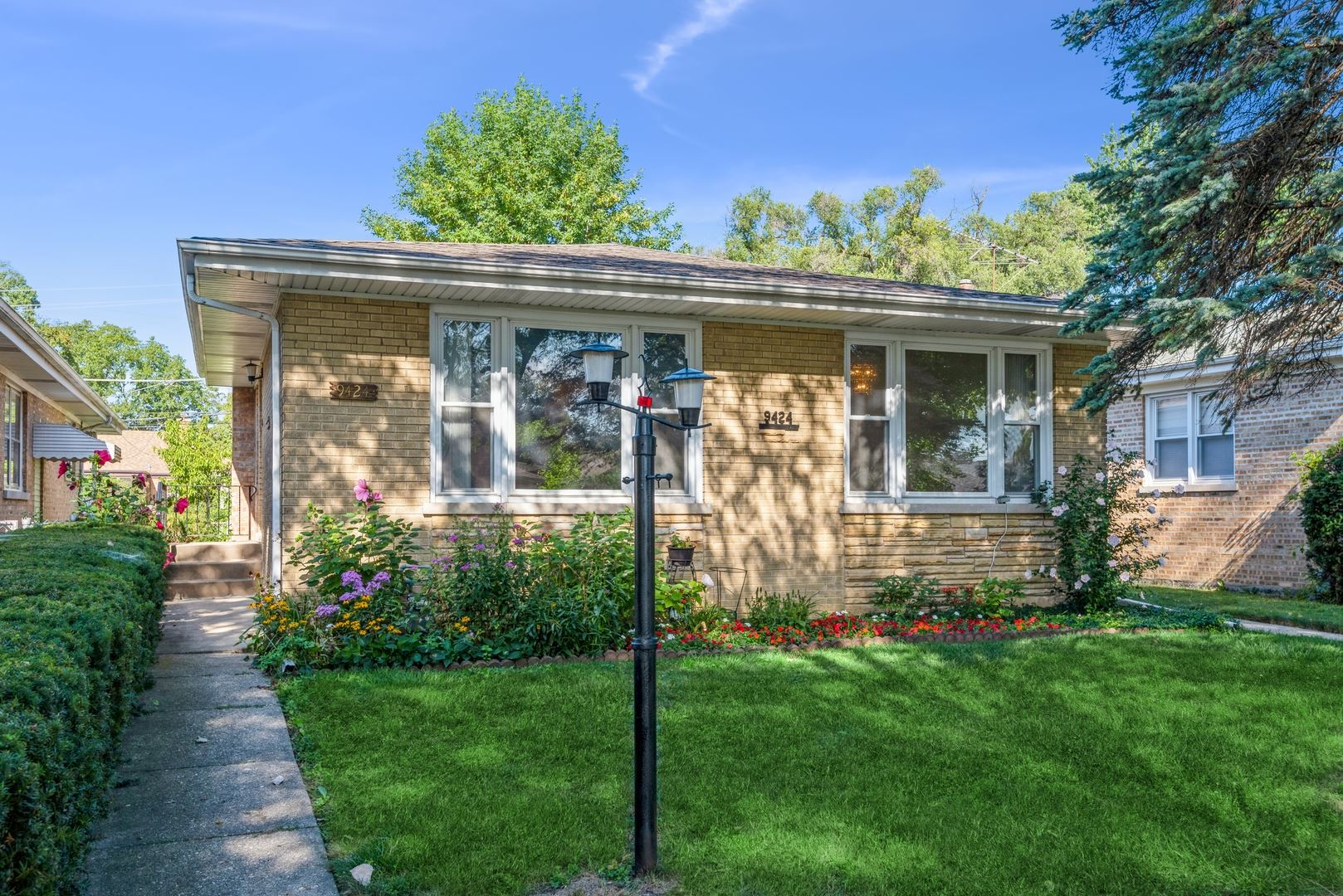 9424 Lawler Avenue, Skokie, IL 60077 - #: 11188693