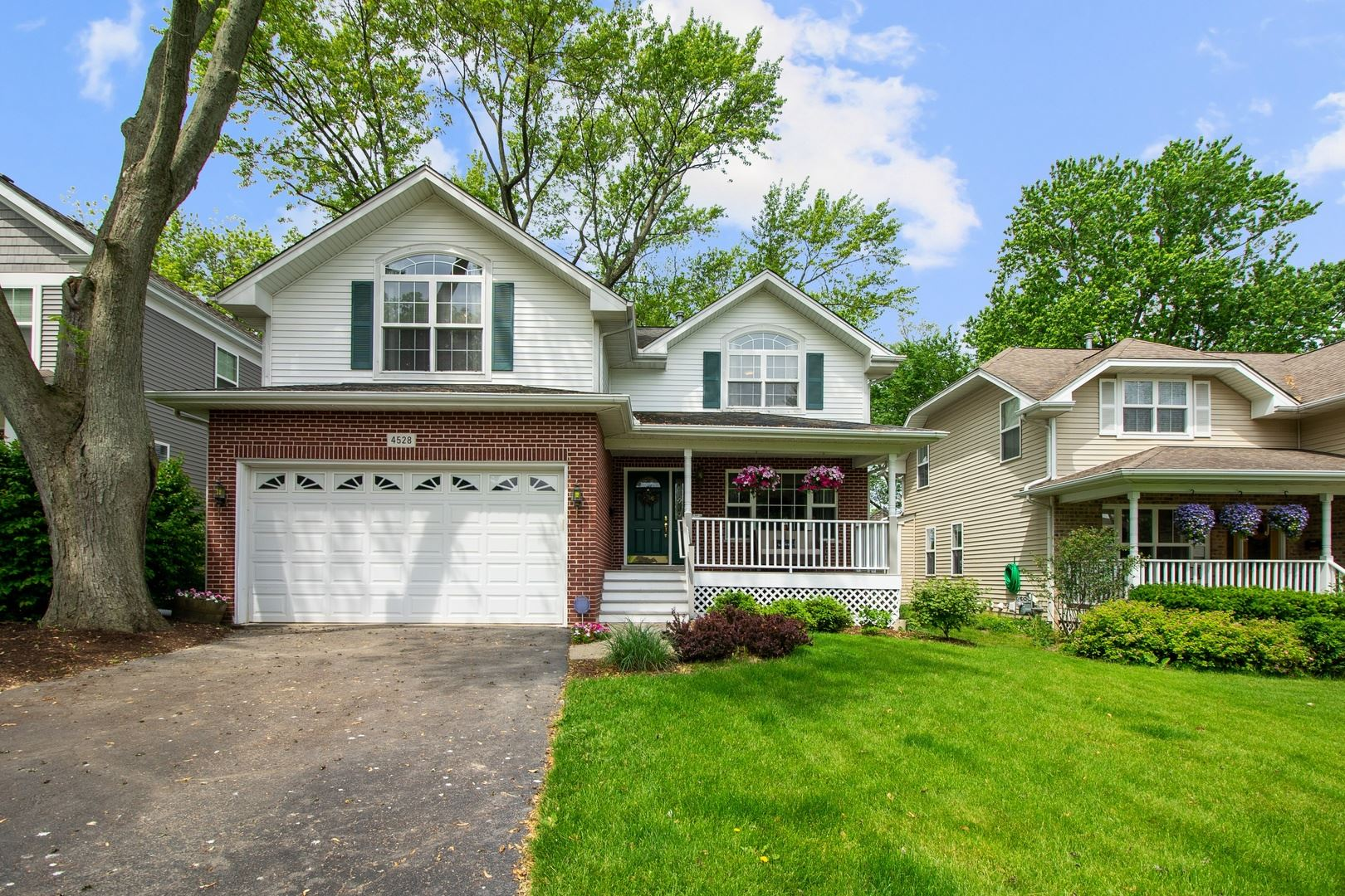 4528 Woodward Avenue, Downers Grove, IL 60515 - #: 10737701