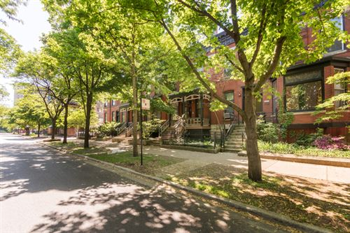 Photo of 421 W Webster Avenue, Chicago, IL 60614 (MLS # 10755702)