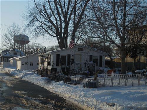 Photo of 837/837 1/2 Marquette Street, Lasalle, IL 61301 (MLS # 11000702)