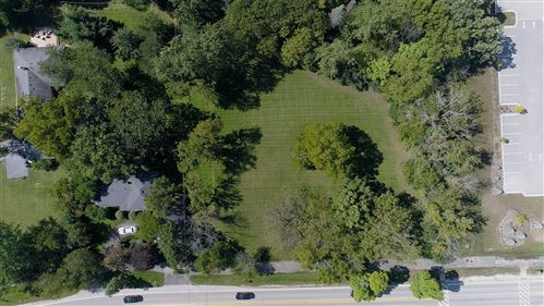 Photo of 3300 York Road, Oak Brook, IL 60523 (MLS # 10878703)