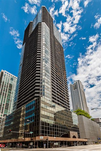 Photo of 10 E ONTARIO Street #3212, Chicago, IL 60611 (MLS # 11128705)