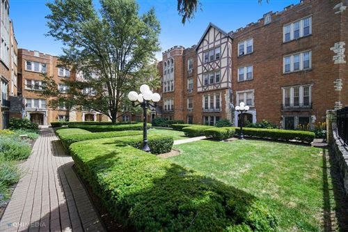 Photo of 10933 S Longwood Drive #3, Chicago, IL 60643 (MLS # 10803708)