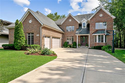 Photo of 5651 S Thurlow Street, Hinsdale, IL 60521 (MLS # 11209708)