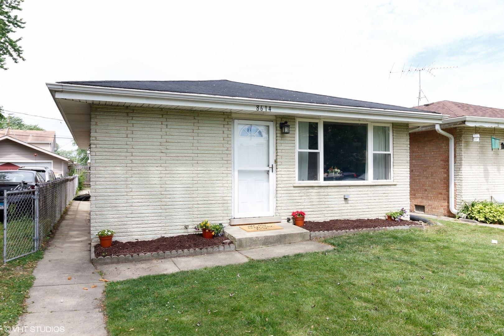 8614 Parkside Avenue, Burbank, IL 60459 - #: 10742709