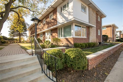 Photo of 1001 Peterson Avenue #A, Park Ridge, IL 60068 (MLS # 10924710)