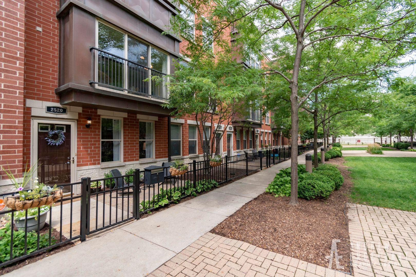 2520 S Calumet Avenue, Chicago, IL 60616 - #: 10814710