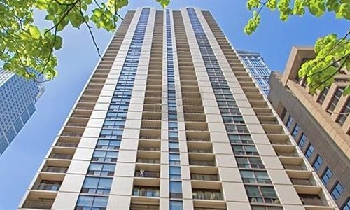 Photo of 200 N Dearborn Street #1901, Chicago, IL 60601 (MLS # 11059711)