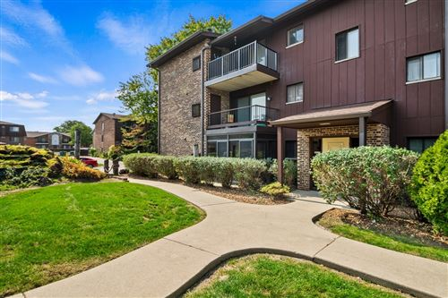Photo of 60 W Pier Drive #103, Westmont, IL 60559 (MLS # 10882712)