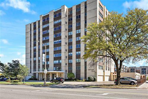 Photo of 141 N La Grange Road #606, La Grange, IL 60525 (MLS # 11234713)