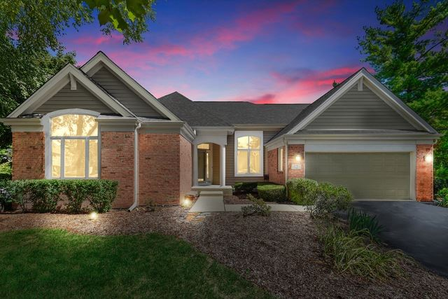 12 Canterbury Court, Lake in the Hills, IL 60156 - #: 10390713