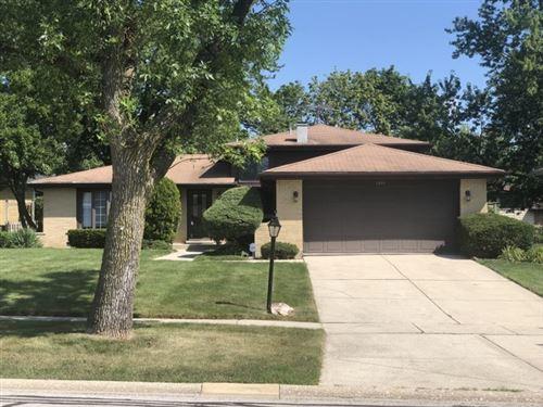 Photo of 1214 Iroquois Lane, Darien, IL 60561 (MLS # 10768716)