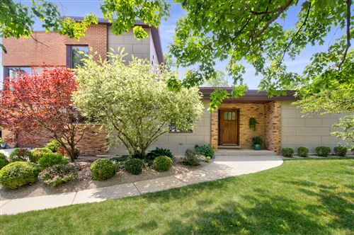 Photo of 1231 59th Street, Downers Grove, IL 60516 (MLS # 10904716)